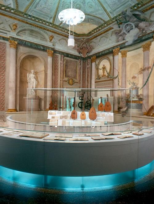 ボローニャ市立音楽文献博物館(楽器展示)