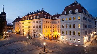 ドレスデン: タッシェンベルクパレ・ケンピンスキー Hotel Taschenbergpalais Kempinski Dresden