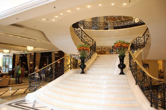 ベルリン: リッツ・カールトン Ritz Carlton Berlin