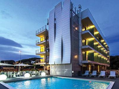 ヴィアレッジョ: メルキュール Mercure Hotel Viareggio