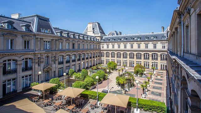 パリ: クラウン・プラザ・レピュブリック Crowne Plaza Paris-Republique