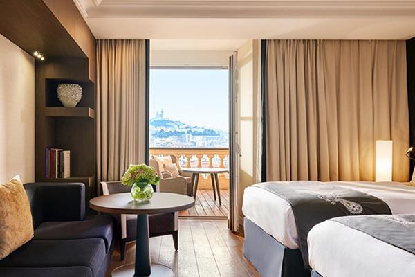 マルセイユ:インターコンチネンタル ホテル デュー InterContinental Marseille Hotel Dieu